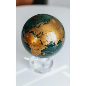 Bola Del Mundo S Verde & Oro
